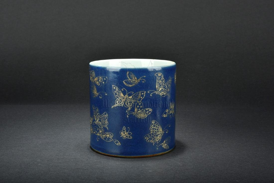 BLUE GLAZE AND GILT DECORATED BRUSH POT - 3