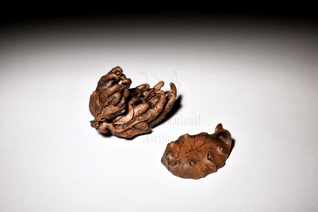 BAMBOO CARVED BUDDHA'S HAND FIGURE - 2