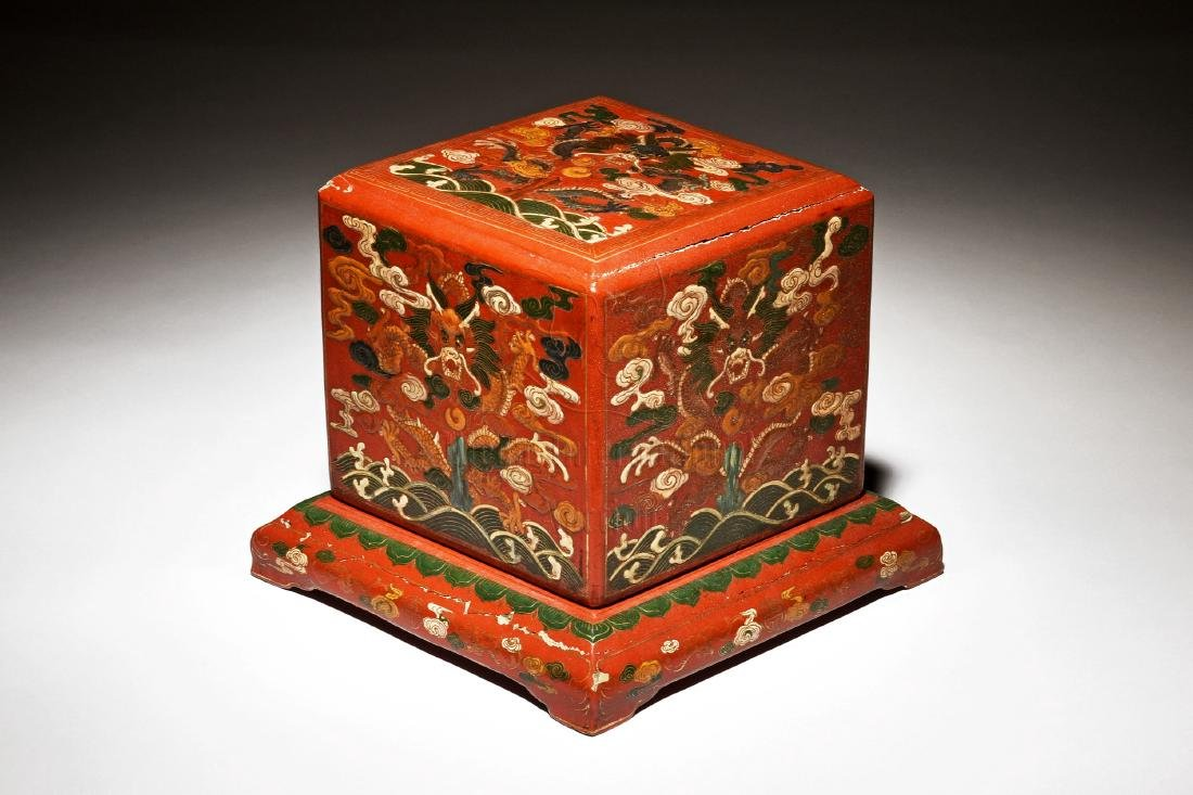 WOODEN LACQUER BOX