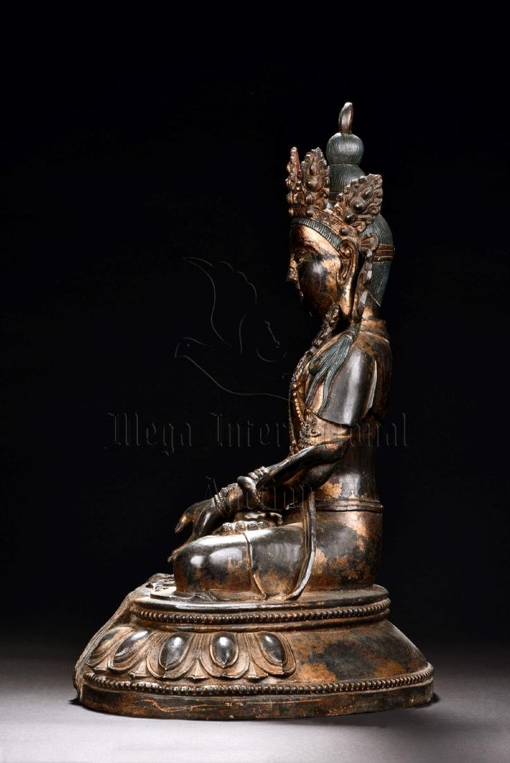 RED COPPER AND SPLASH GILT SEATED GUANYIN FIGURE - 5