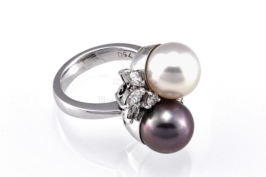 CULTURED PEARL DIAMOND RING
