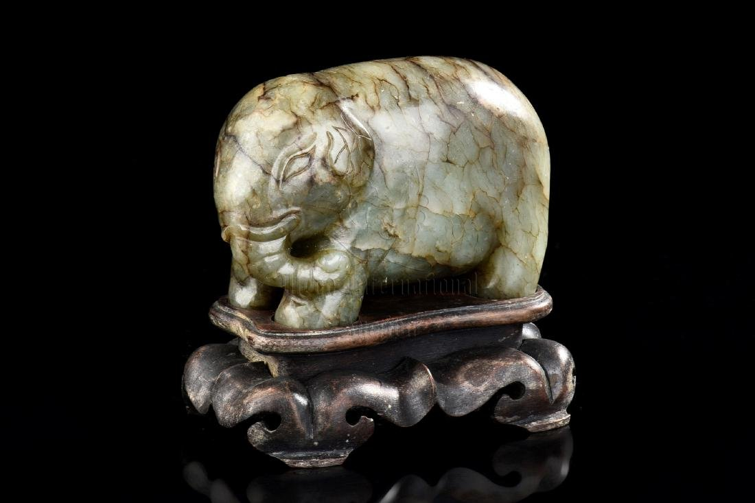 JADE CARVED 'ELEPHANT' FIGURE