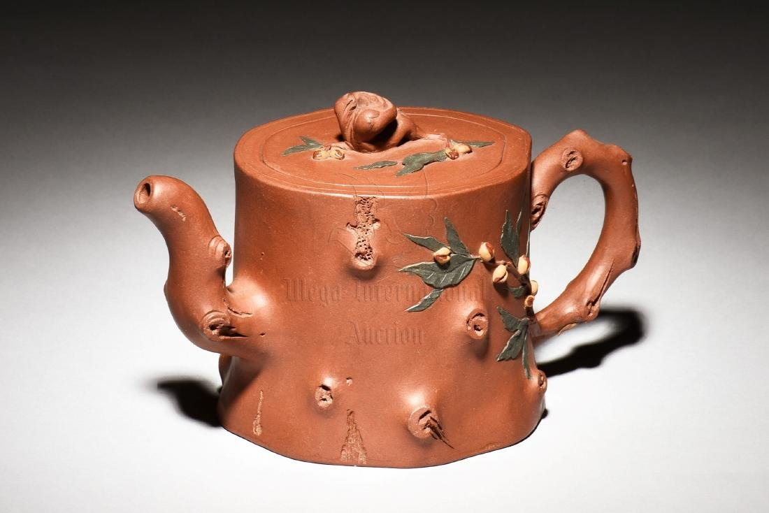 YIXING ZISHA 'TREE TRUNK' TEAPOT