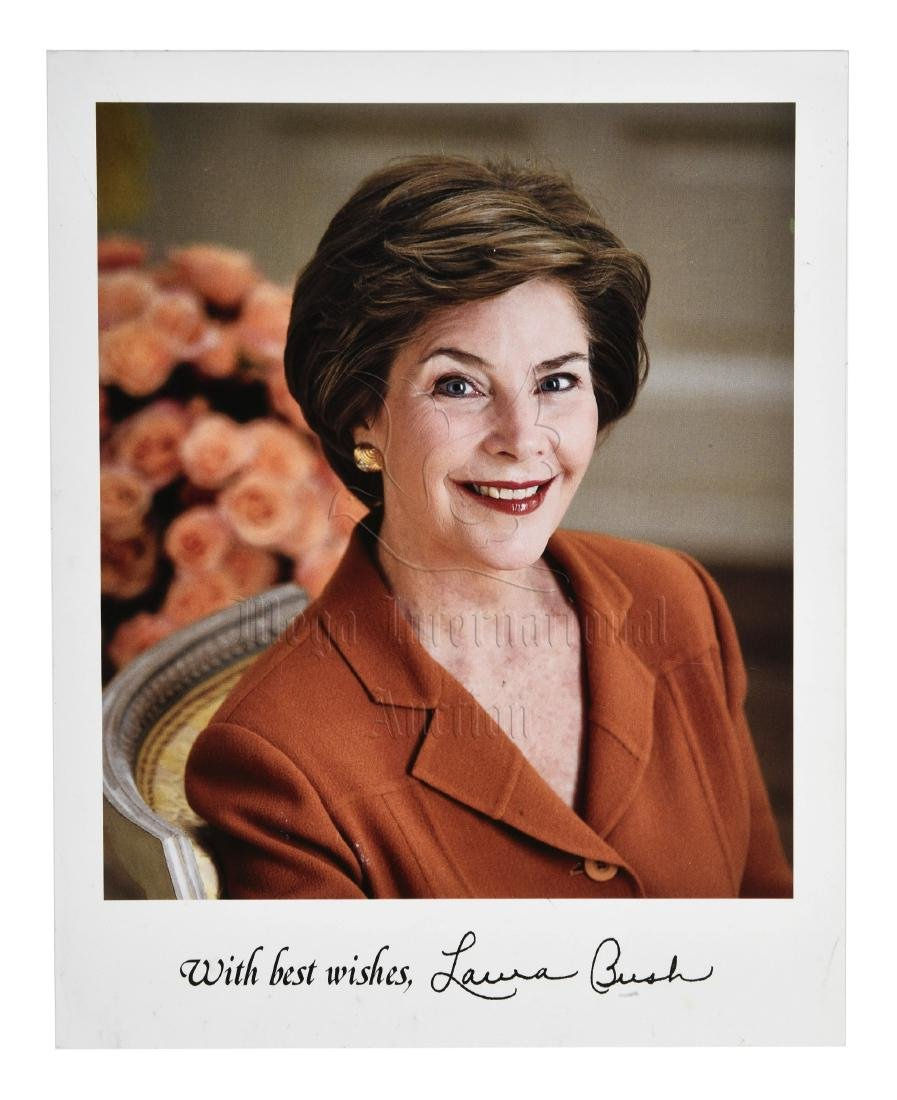 FIRST LADY LAURA BUSH SIGNED PHOTO - 4