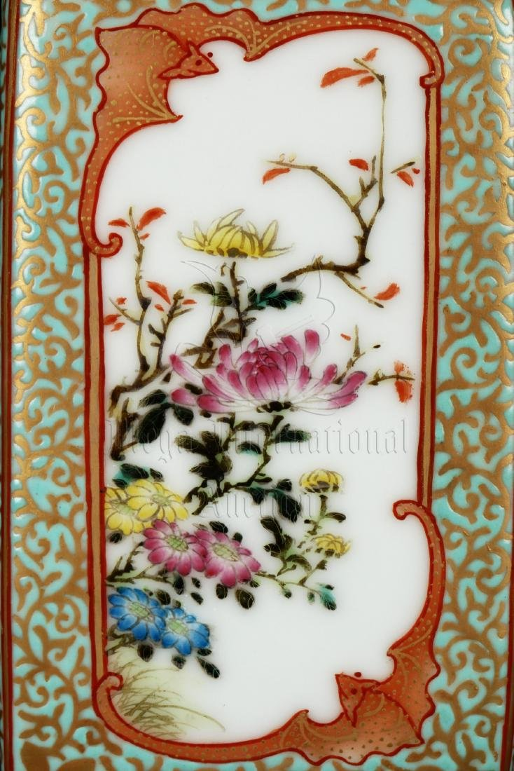 FAMILLE ROSE AND ENAMELED 'FLOWERS' VASE WITH HANDLES - 9
