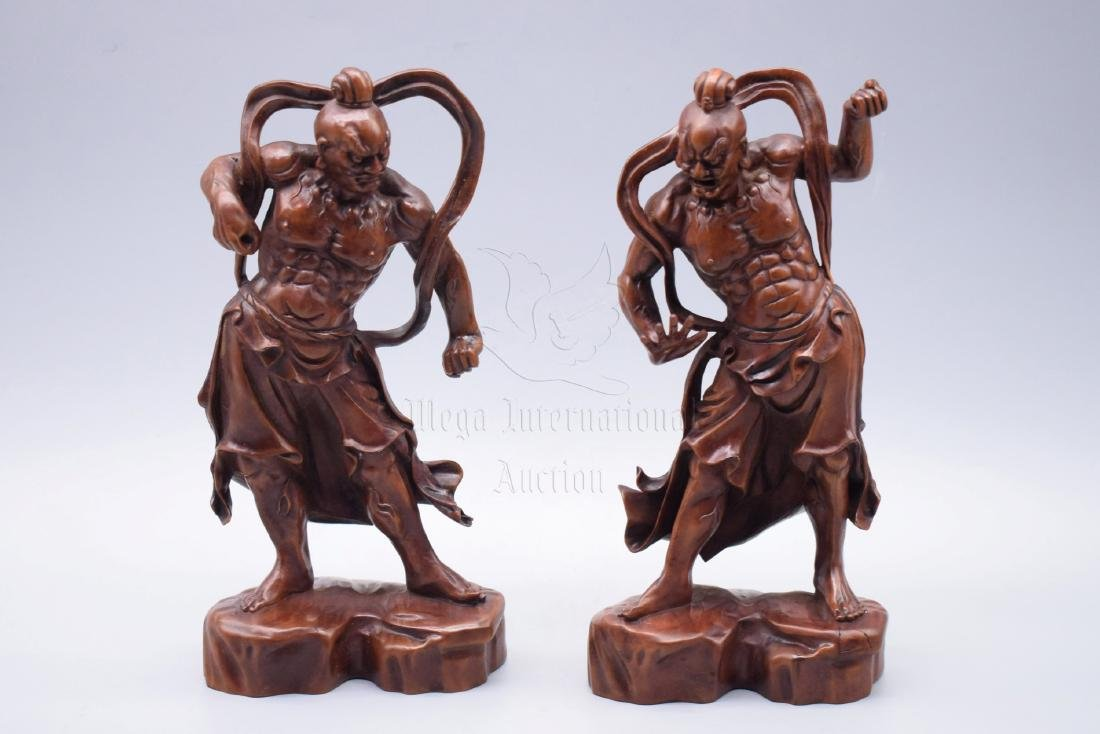 PAIR OF HUANGYANGMU WOOD CARVED 'GUARDIANS' FIGURES