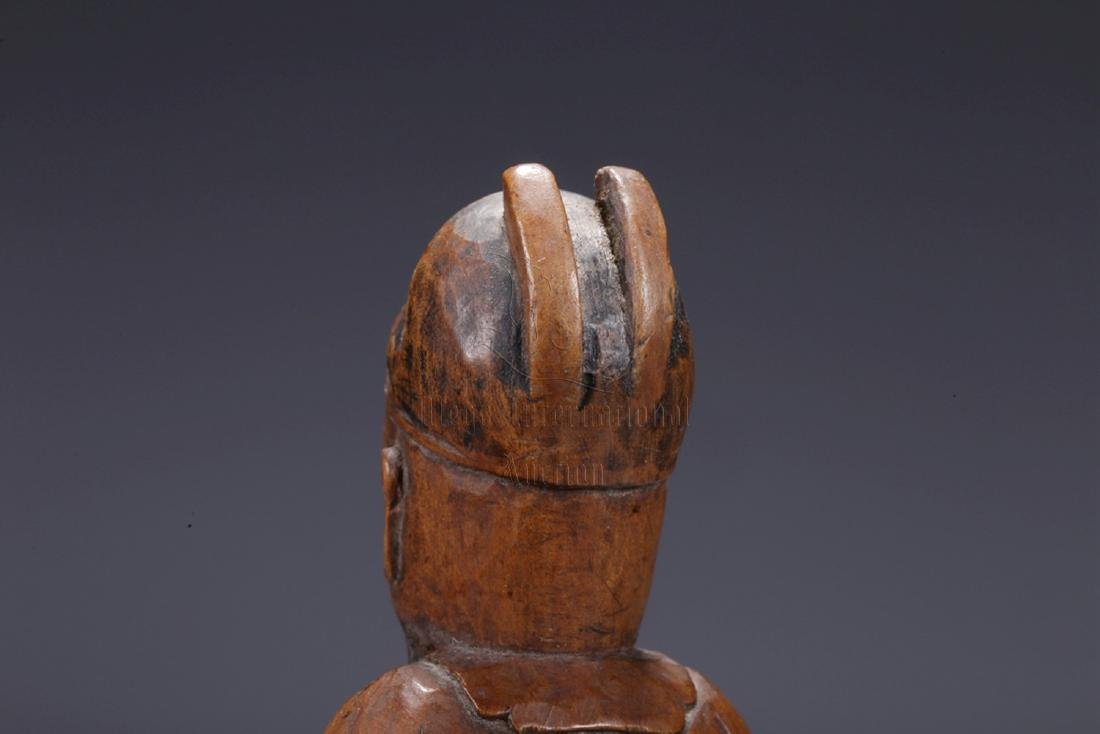 HUANGYANGMU WOOD CARVED 'COURT OFFICIAL' STANDING - 7