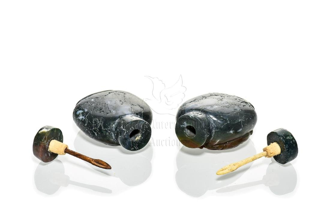 TWO JADE CARVED SNUFF BOTTLES - 8