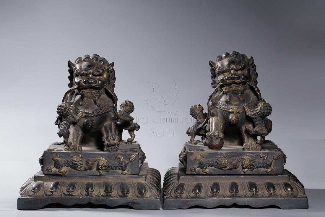 PAIR OF BRONZE CAST 'FUU DOGS' FIGURES