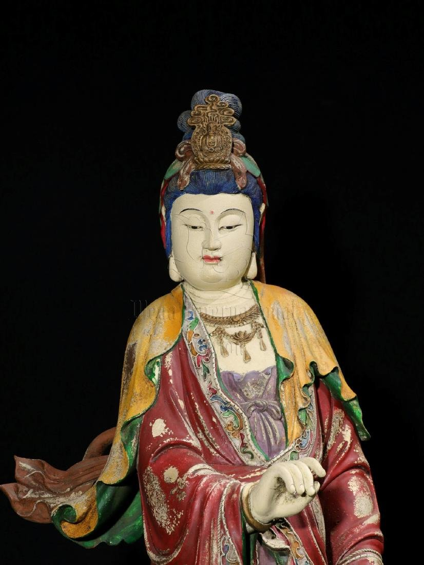 NAN WOOD PAINTED AND CARVED GUANYIN FIGURE - 4