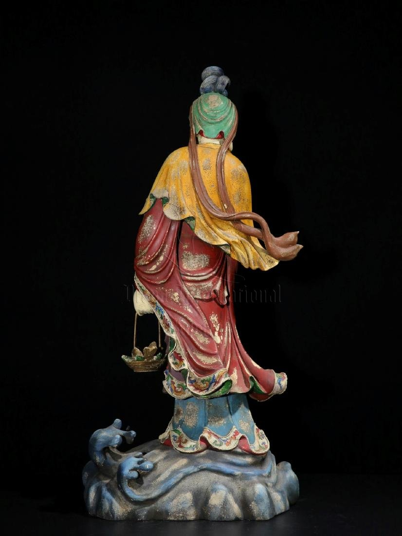 NAN WOOD PAINTED AND CARVED GUANYIN FIGURE - 9