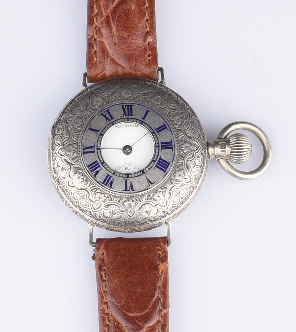 WALTHAM WATCH WITH LEATHER BAND