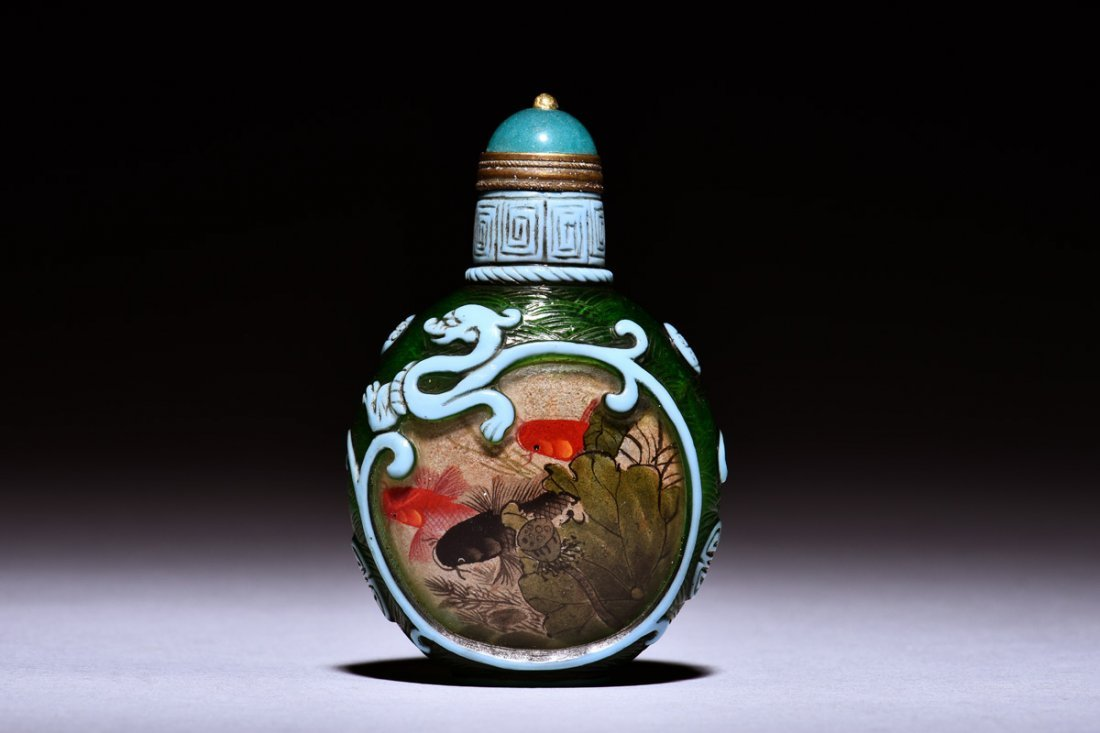 INSIDE PAINTED AND GLASS OVERLAY SNUFF BOTTLE