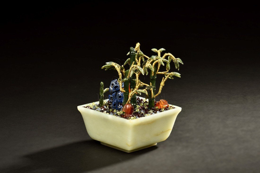 JADE AND GEMS PLANTER - 3