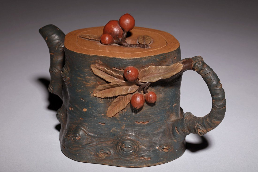 YIXING ZISHA 'TREE TRUNK' TEAPOT - 2