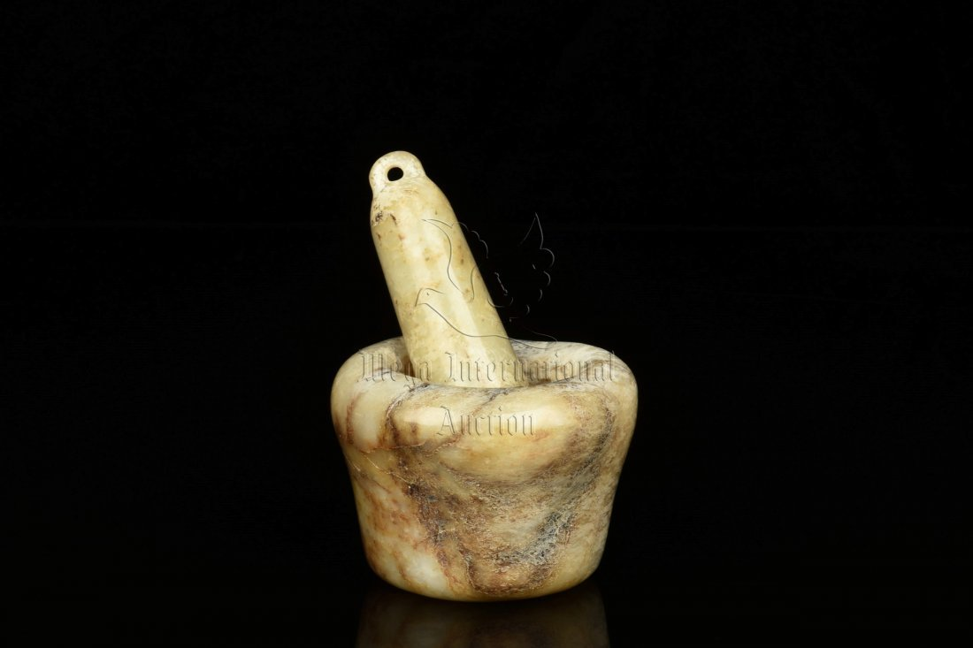 JADE CARVED MORTAR AND PESTLE