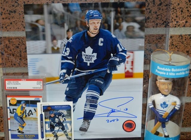 Mats Sundin Collection- Signed 8x10 Photo  with 2