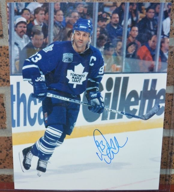 Toronto Maple Leafs Doug Gilmour Hand Signed  8x10