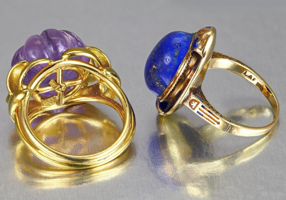 Lot of Two Gold Rings - 2