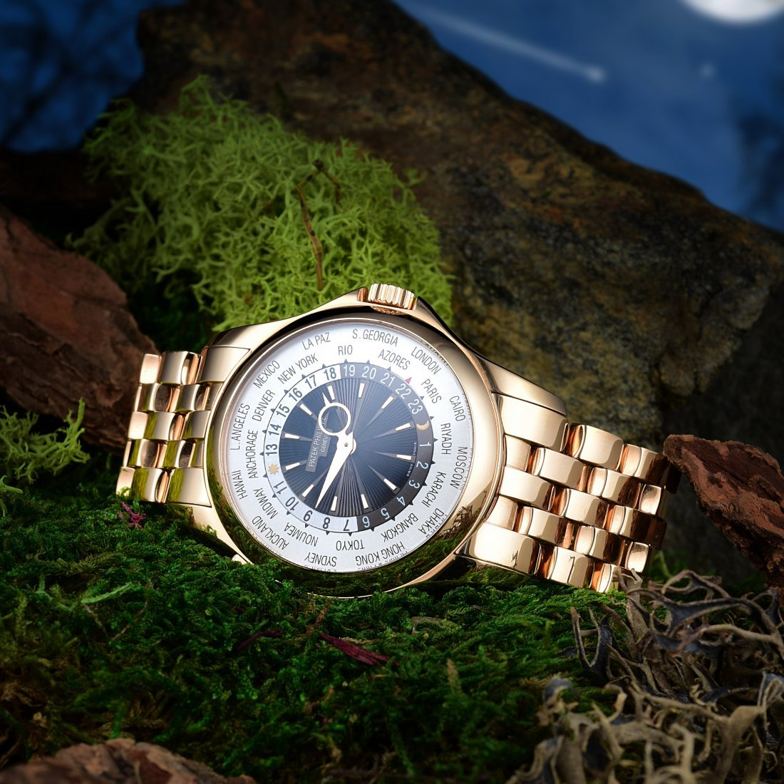 Patek Philippe World Time Rose Gold Men's Watch