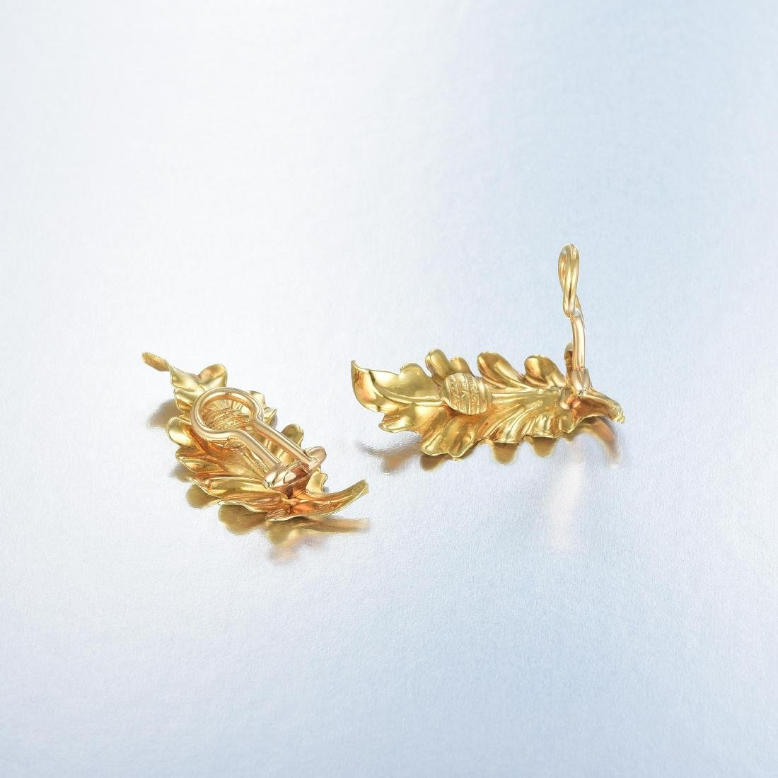 Buccellati Leaf Earrings - 2