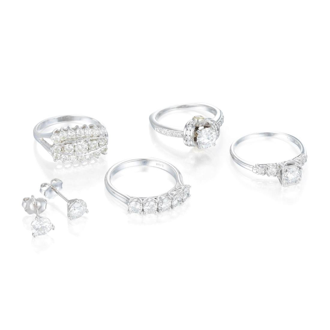 A Lot of 5 Pieces of Diamond Jewelry
