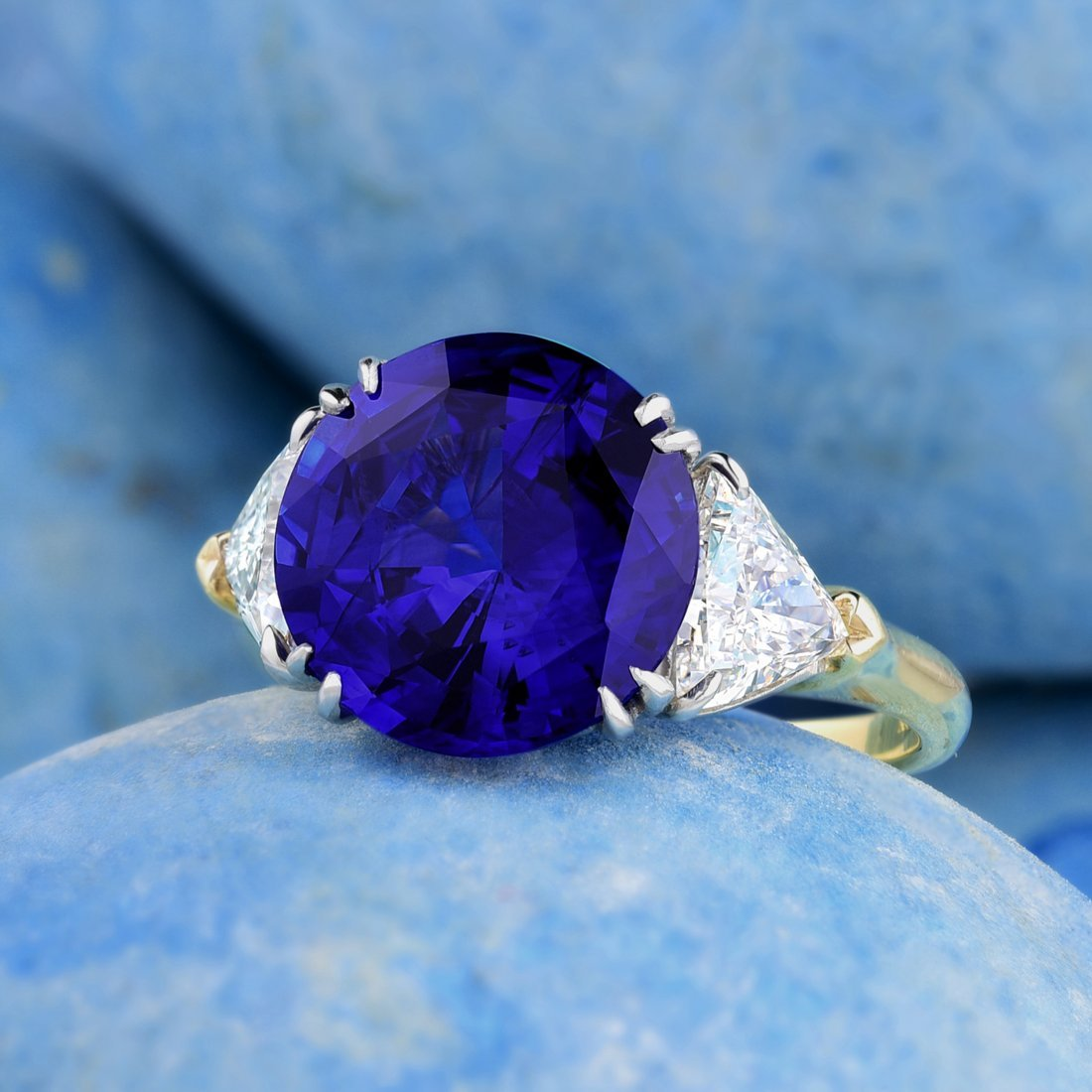 Harry Winston 6.34-Carat Sapphire and Diamond Ring,