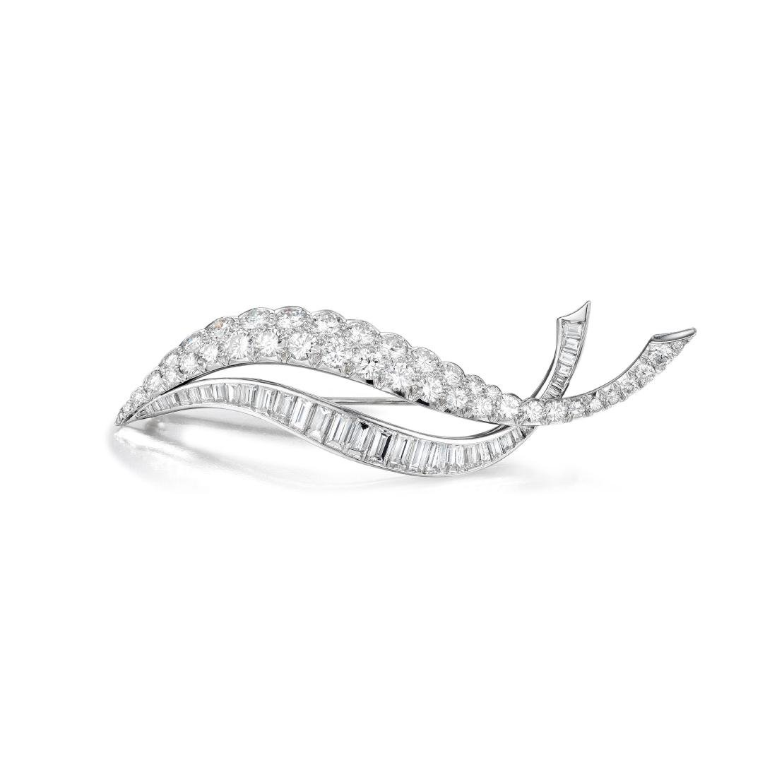 A Platinum Diamond Brooch