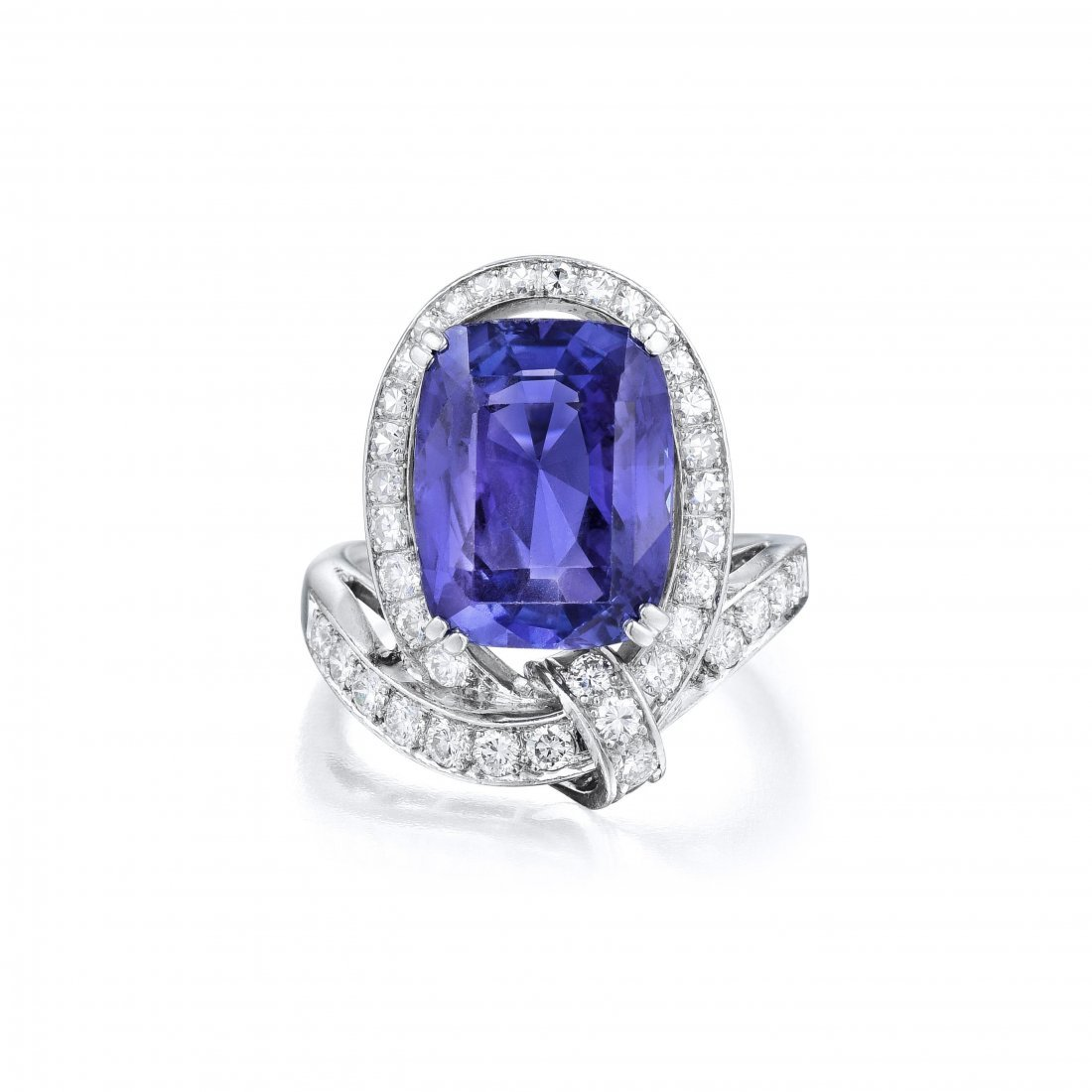 A Platinum Sapphire and Diamond Ring - 2