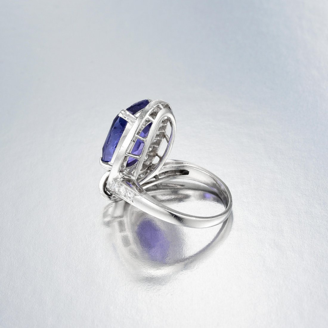 A Platinum Sapphire and Diamond Ring - 3