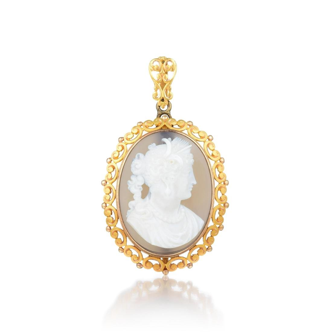 A Suite of 18K Gold and Hardstone Victorian Cameo - 3
