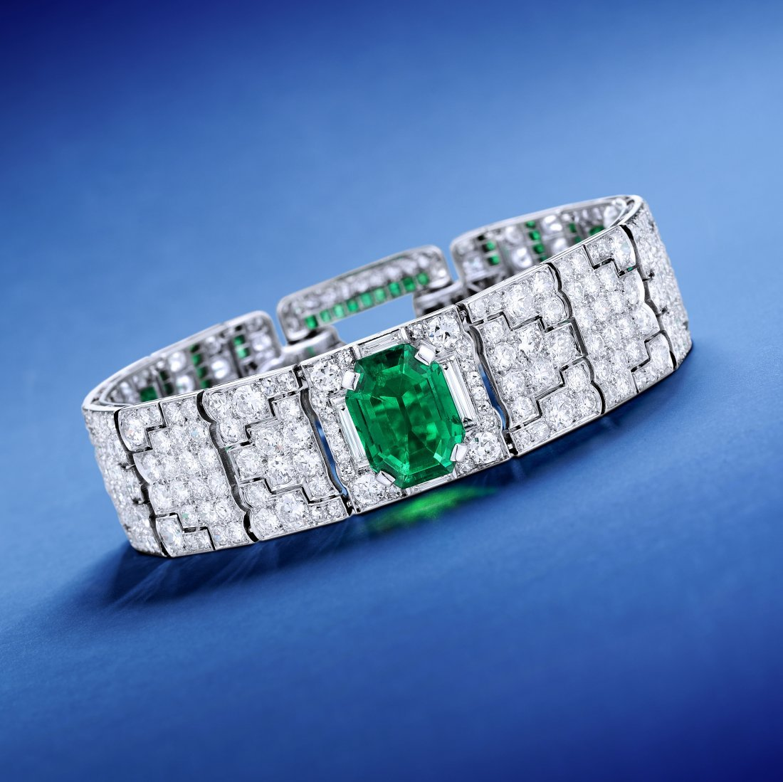 Cartier Art Deco Colombian Emerald and Diamond Bracelet
