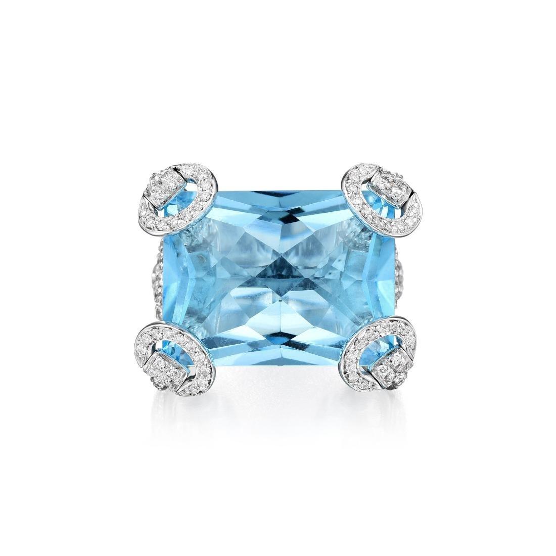 Gucci Topaz and Diamond Horsebit Ring