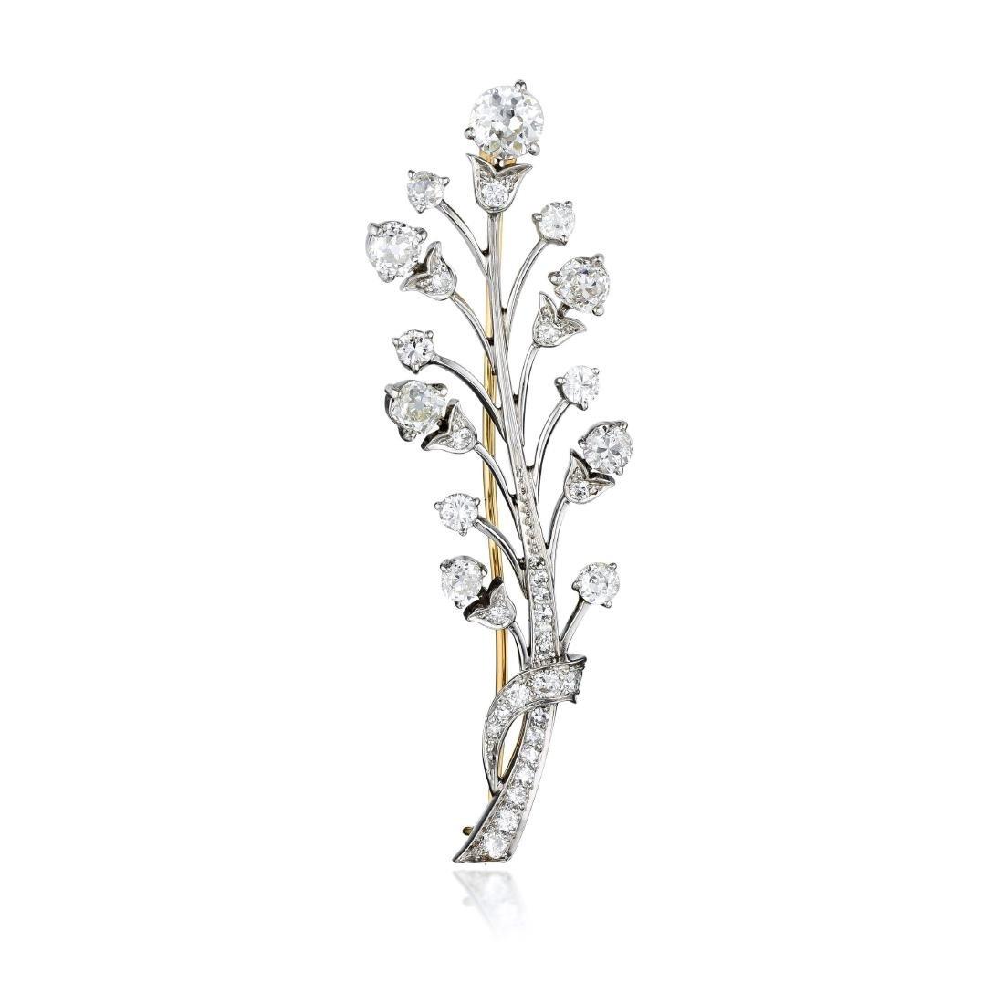 A Diamond Platinum Brooch