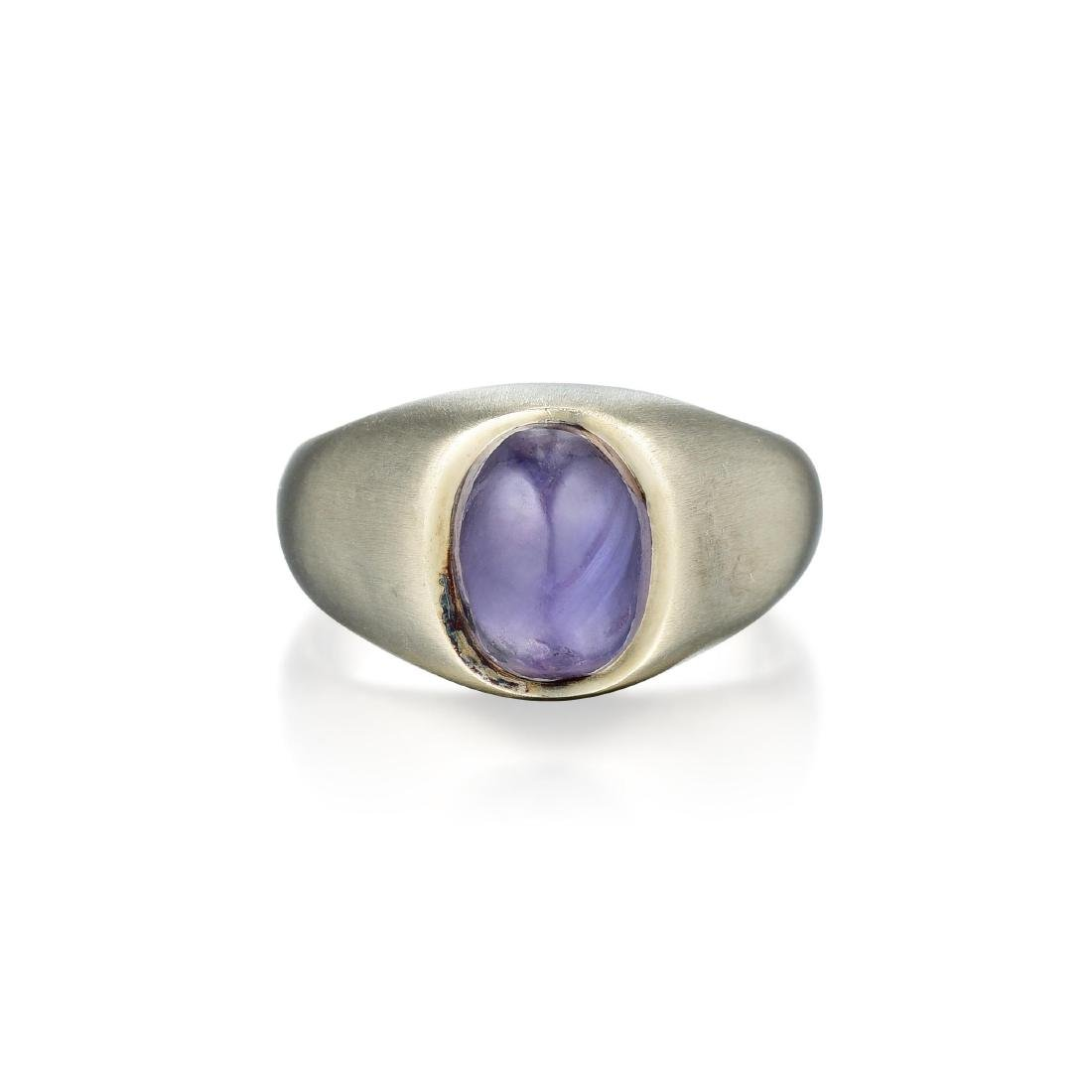 A 14K White Gold Purple Sapphire Cabochon Ring