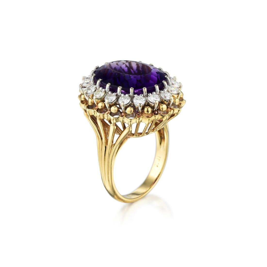 An 18K Gold Amethyst and Diamond Ring - 2