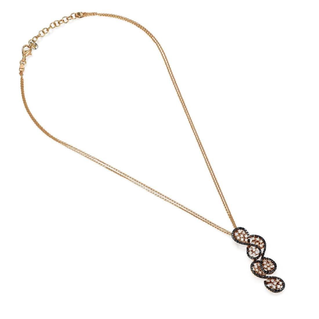 18K Gold Diamond Pendant Necklace - 2