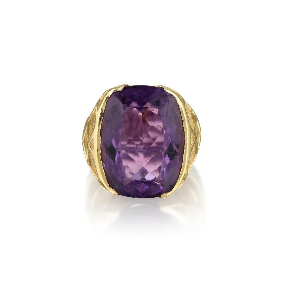 A 14K Gold Amethyst Ring