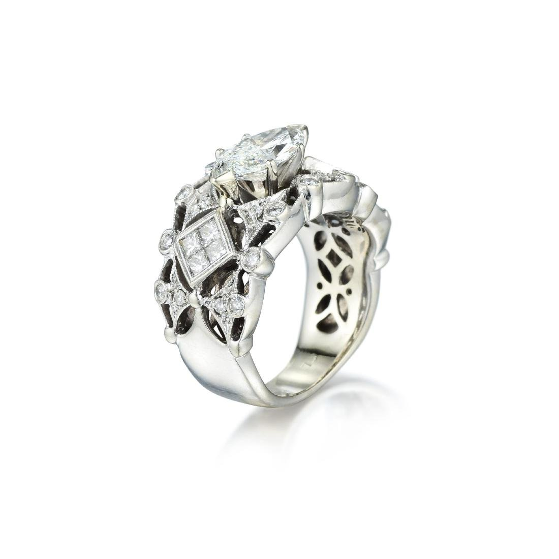A 1.23-Carat Marquise-Cut Diamond Band - 2