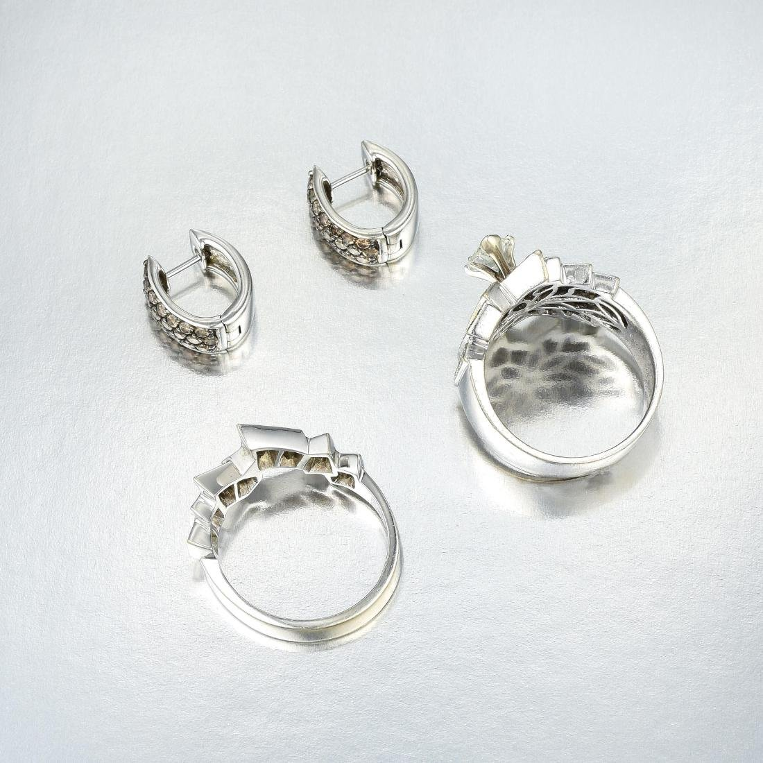 A Diamond Ring Set and Earrings - 2