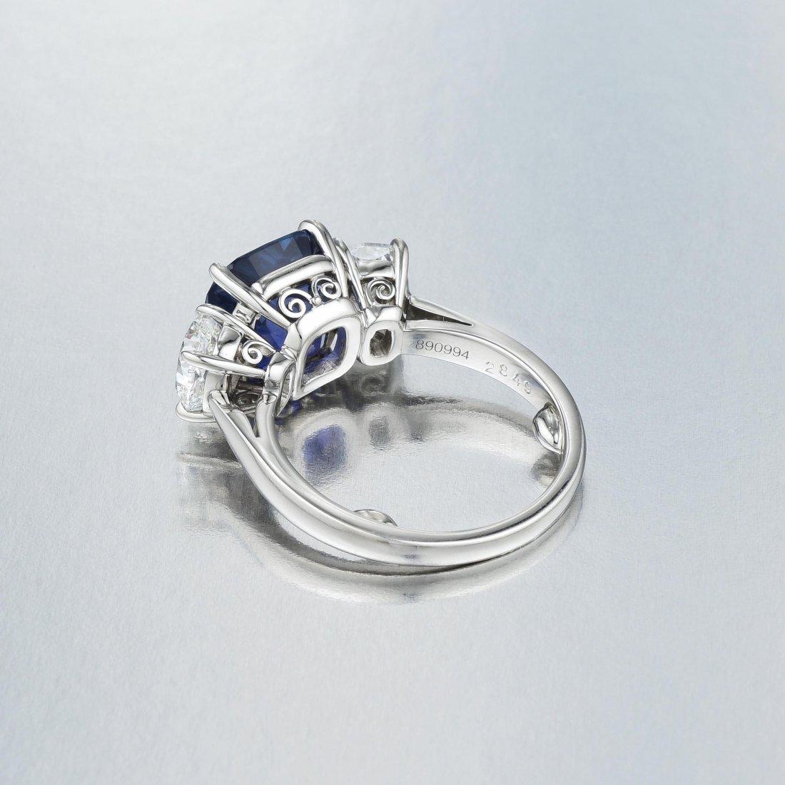 Cartier 6.69-Carat Burmese Sapphire and Diamond Ring - 5