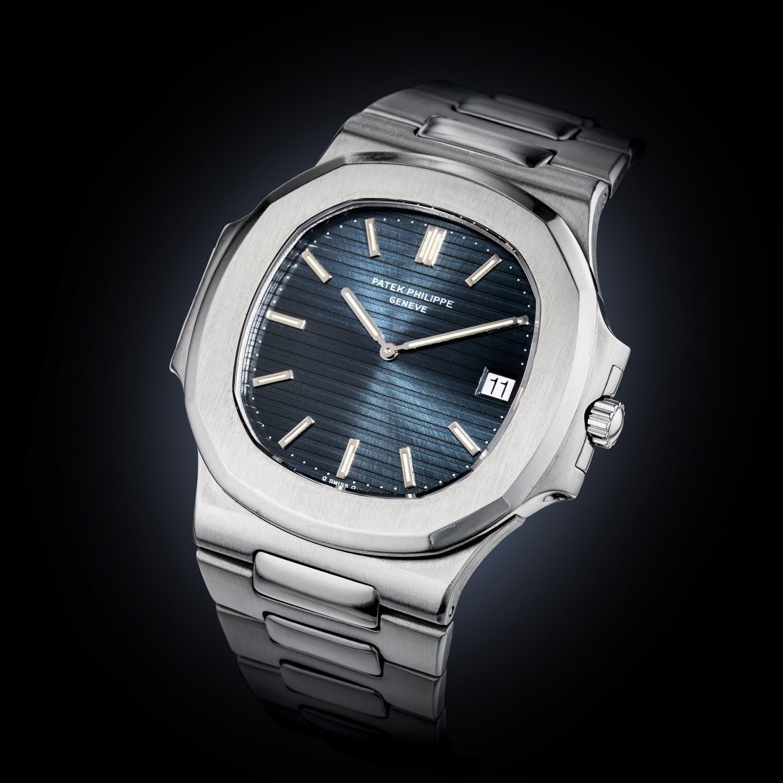Patek Philippe Nautilus Ref. 3700/1 in Steel