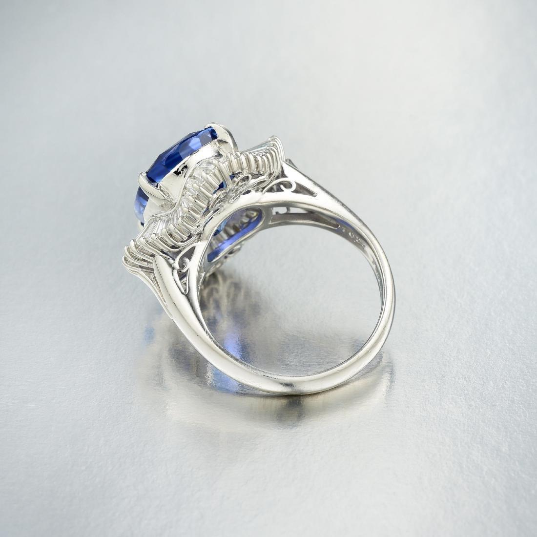 A 10.24-Carat Sapphire and Diamond Ballerina Ring - 3