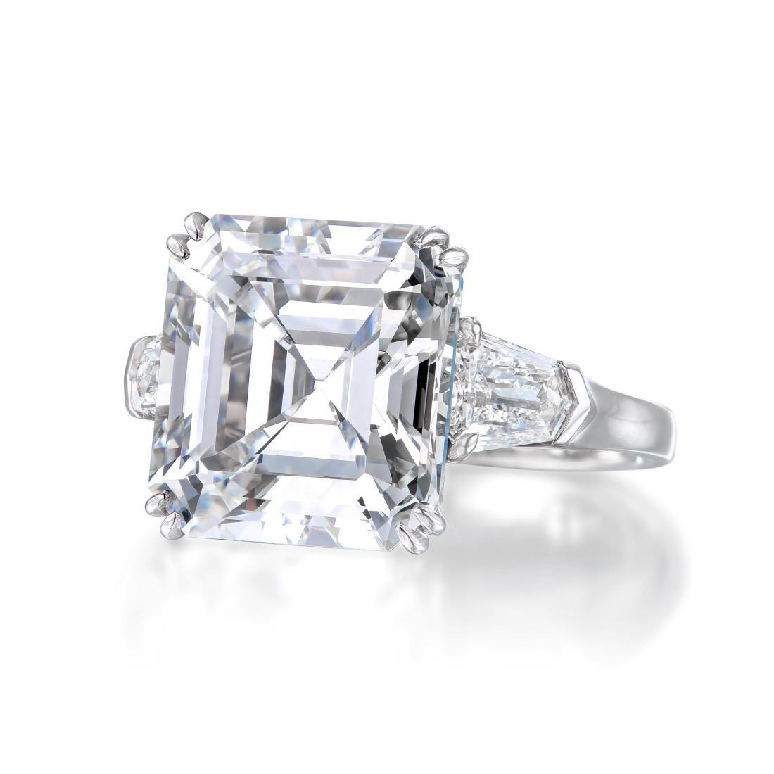 A 10.67-Carat D IF Asscher-Cut Diamond Ring - 3