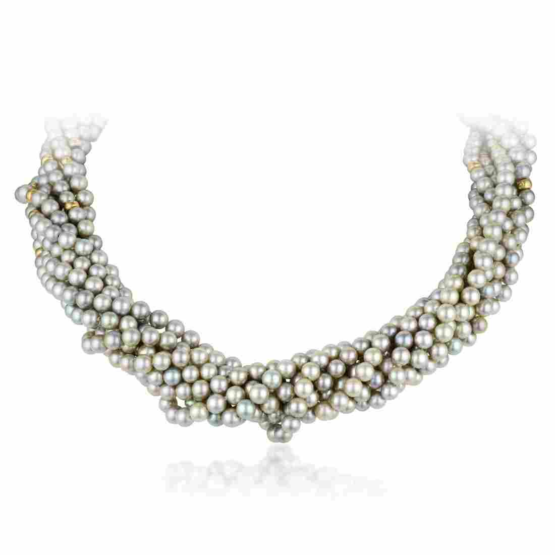 A Gray Cultured Pearl Bead Necklace
