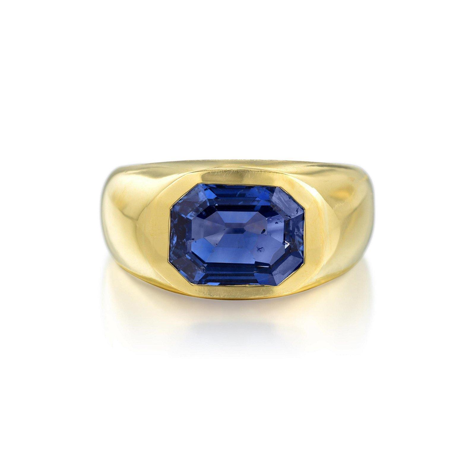 Bulgari 3.78-Carat Sapphire Ring
