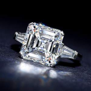 Graff 5.21-Carat Square Emerald-Cut D IF Diamond Ring