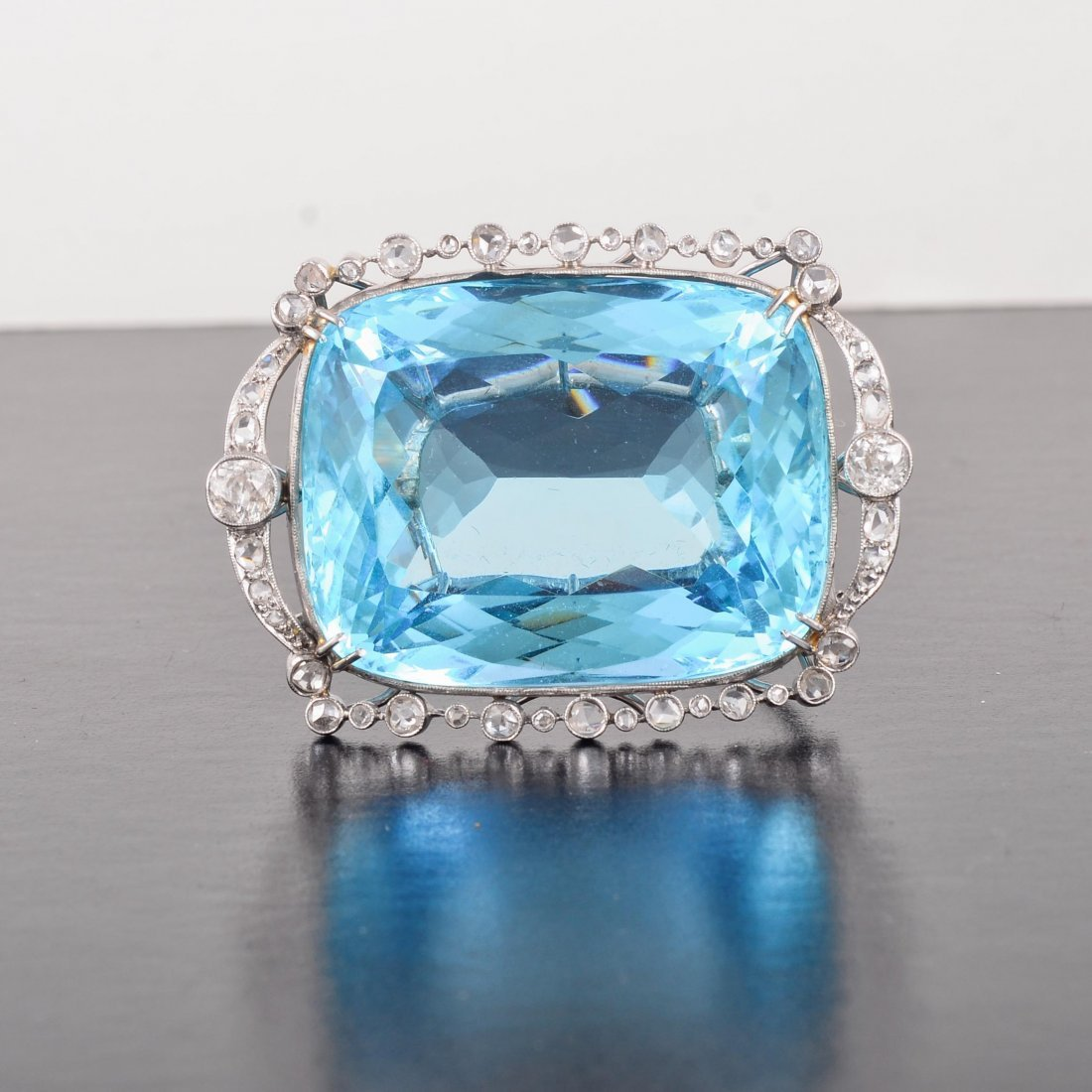 Edwardian platinum large aquamarine brooch