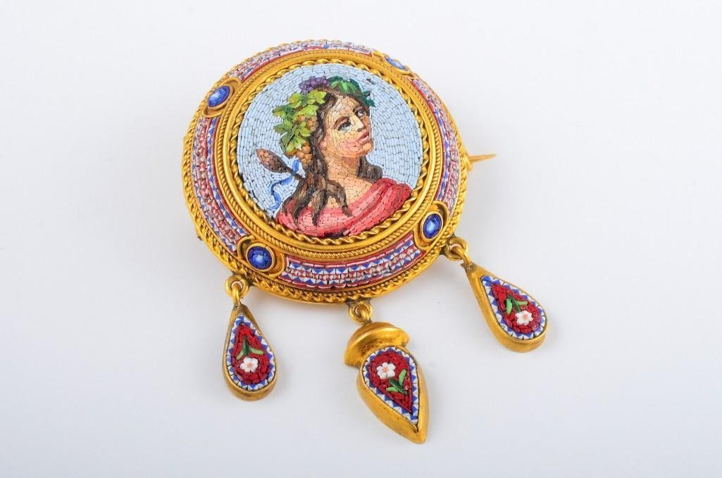 A Victorian Micromosaic Brooch Depicting A Lady - 2