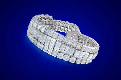 A 1950s Platinum and Diamond Bracelet